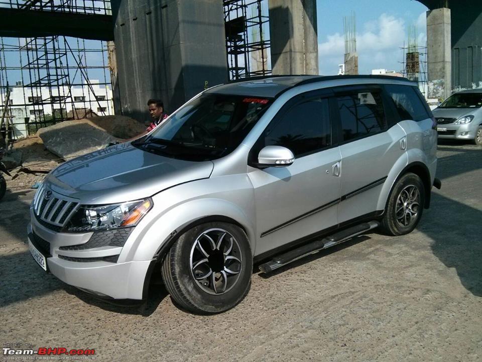 Mahindra XUV500 alloy wheel brakes (4)