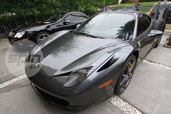 Manny-Pacquiao-Ferrari-Merc-001