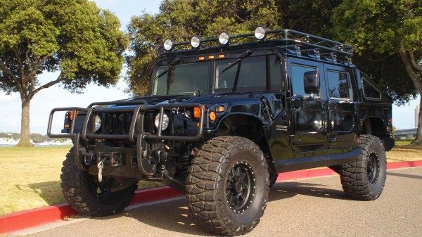Manny-Pacquiao-hummer