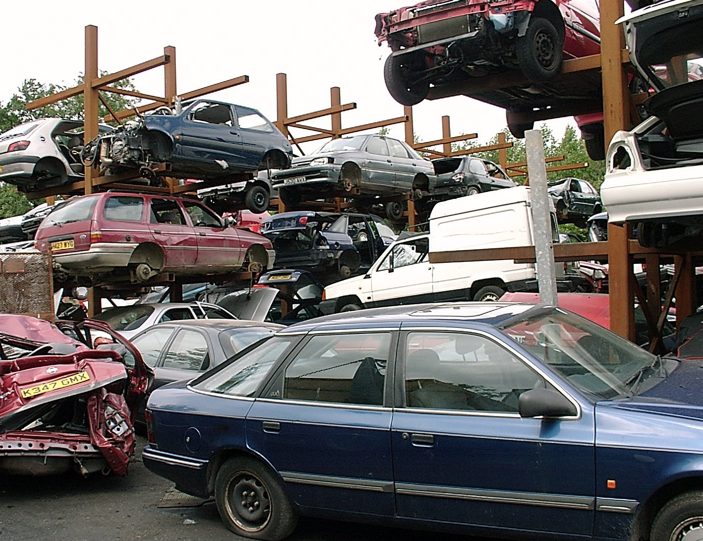 Indian automobile industry suggests scrapping policy for older ...