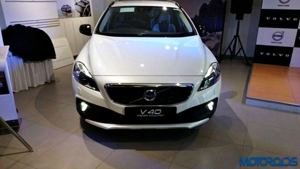 Volvo V40 Cross Country Petrol (10)