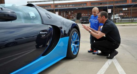 Leukemia kid rides in Bugatti Veyron