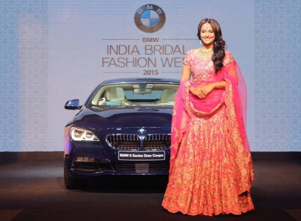 05a Sonakshi Sinha with the new BMW 6 Series Gran Coupe at BIBFW 2015 curtain raiser
