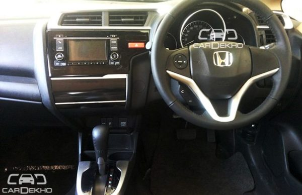 2015-Honda-Jazz-with-paddle-shifters - 2