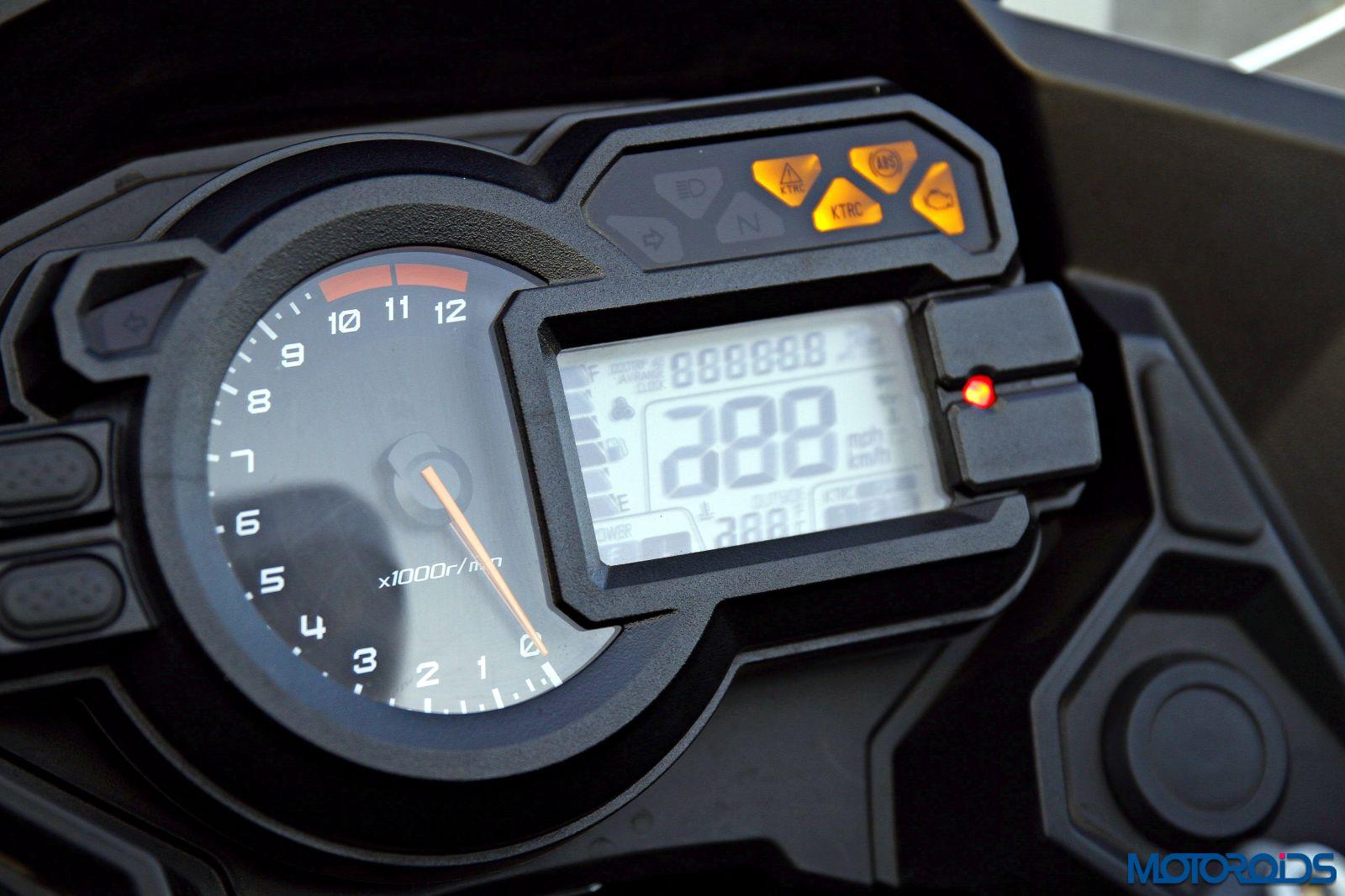 2015 Kawasaki Versys 1000 dashboard (3)