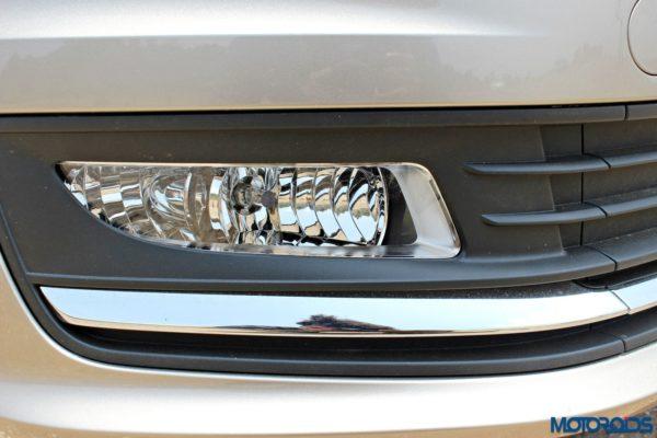 2015 Volkswagen Vento Fog Lamps(18)