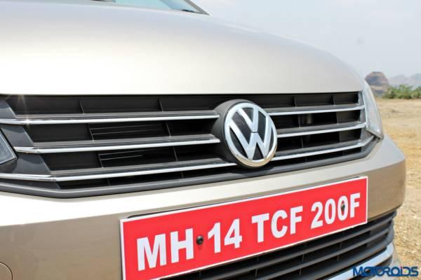 2015 Volkswagen Vento Front grille (19)