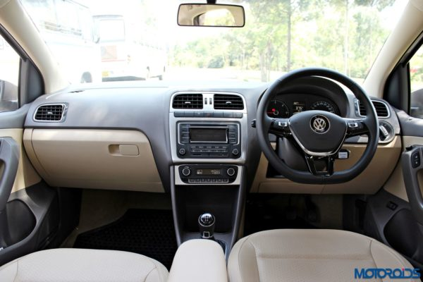 2015 Volkswagen Vento dashboard view(55)