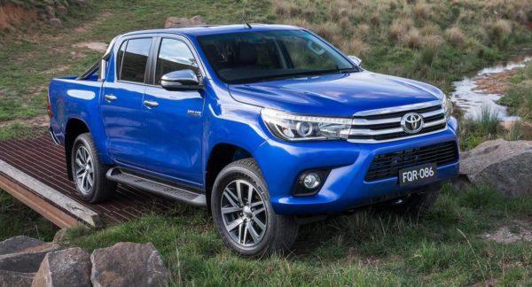 2016 Toyota Hilux (15)