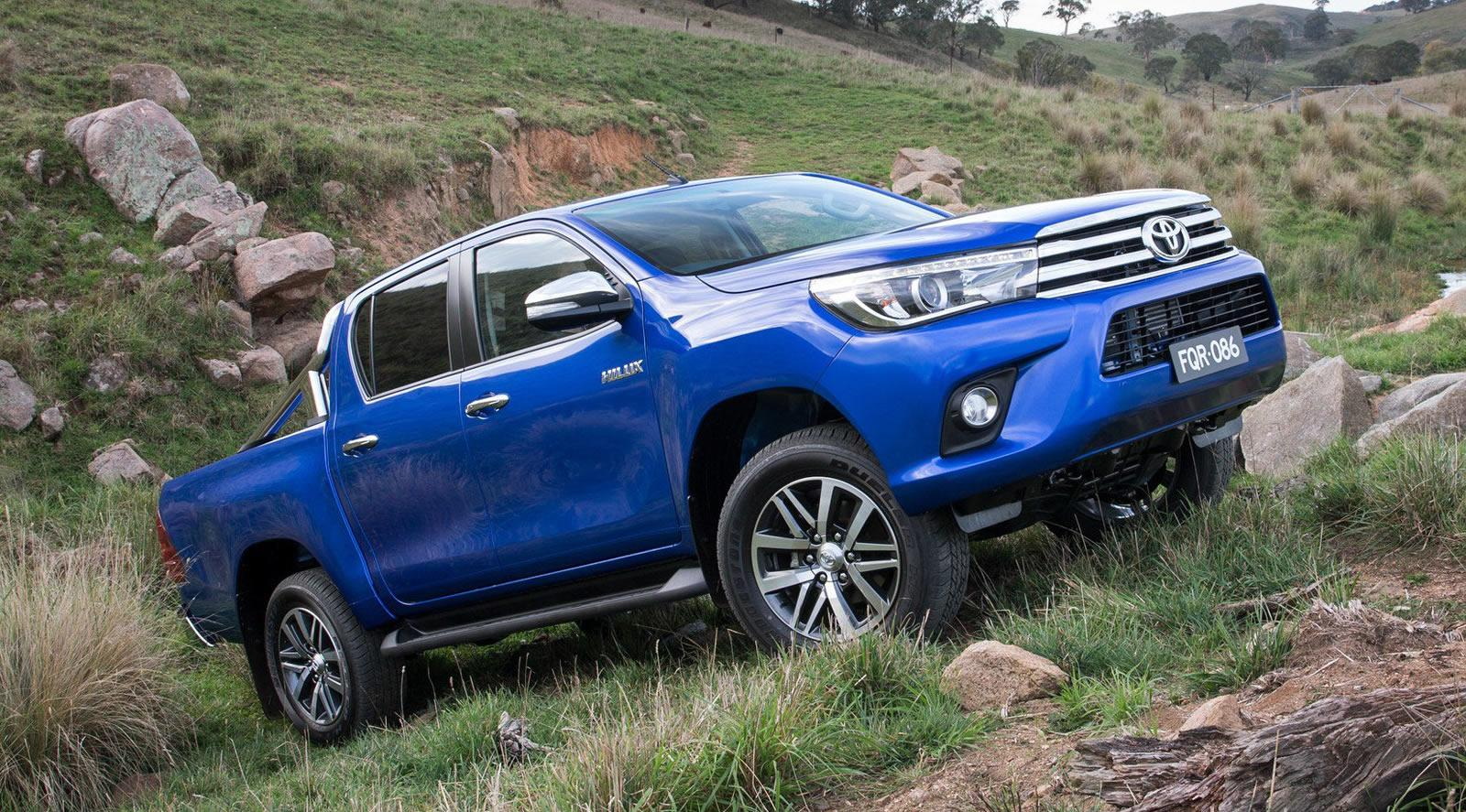 2016 Toyota Hilux Officially Revealed Motoroids