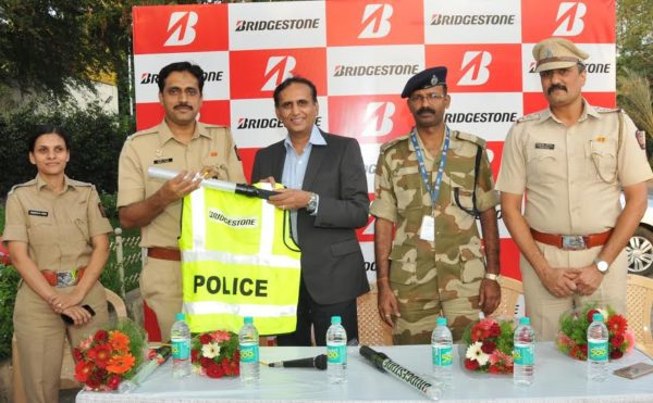 Bridgestone India Join Hands With Pune Police To Promote Road Safety (1)