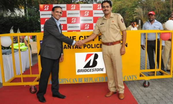 Bridgestone India Join Hands With Pune Police To Promote Road Safety (2)