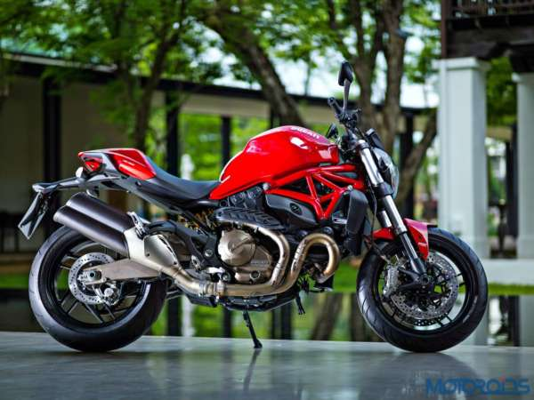 Ducati Monster 821 Review (32)