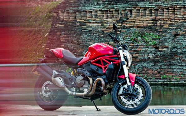 Ducati Monster 821 Review (54)