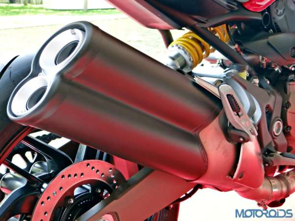 Ducati Monster 821 Review - Details - Exhaust