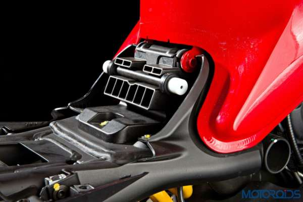 Ducati Monster 821 Review - Details - Seat Height Adjustment (2)