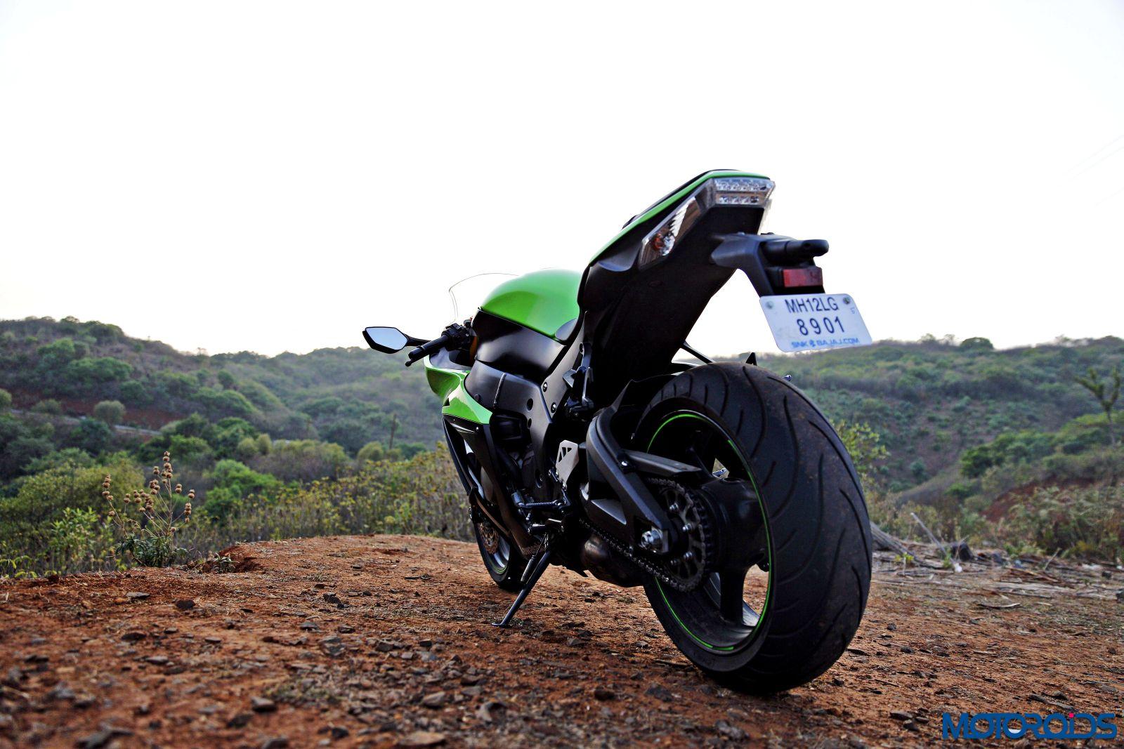 Kawasaki Ninja ZX-14R-rear (3)