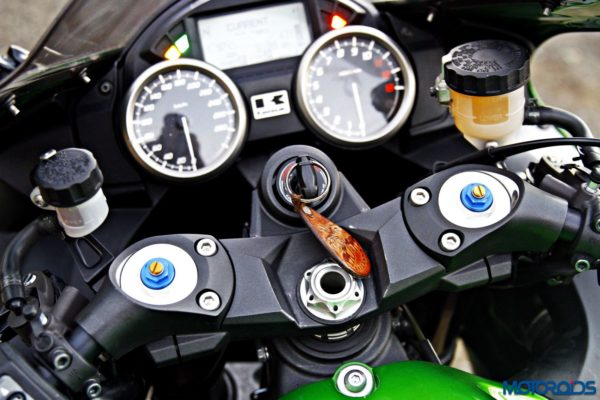 Kawasaki Ninja ZX-14r adjustable front shocks (26)