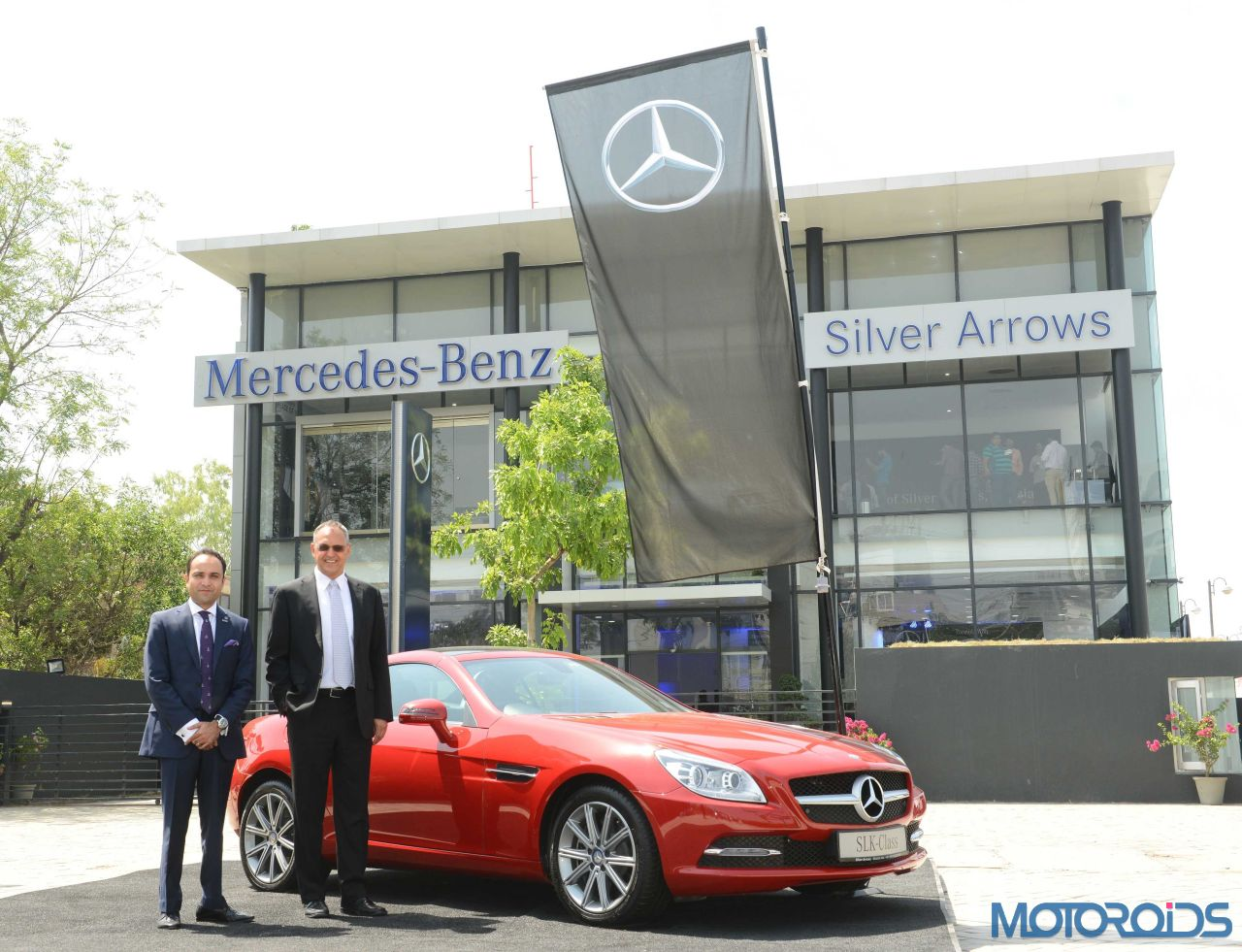 Mercedes benz expands reach into delhi with new dealership for Mercedes benz dealers