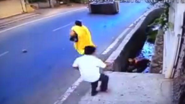 Motorcycle crash in Vasai - 2