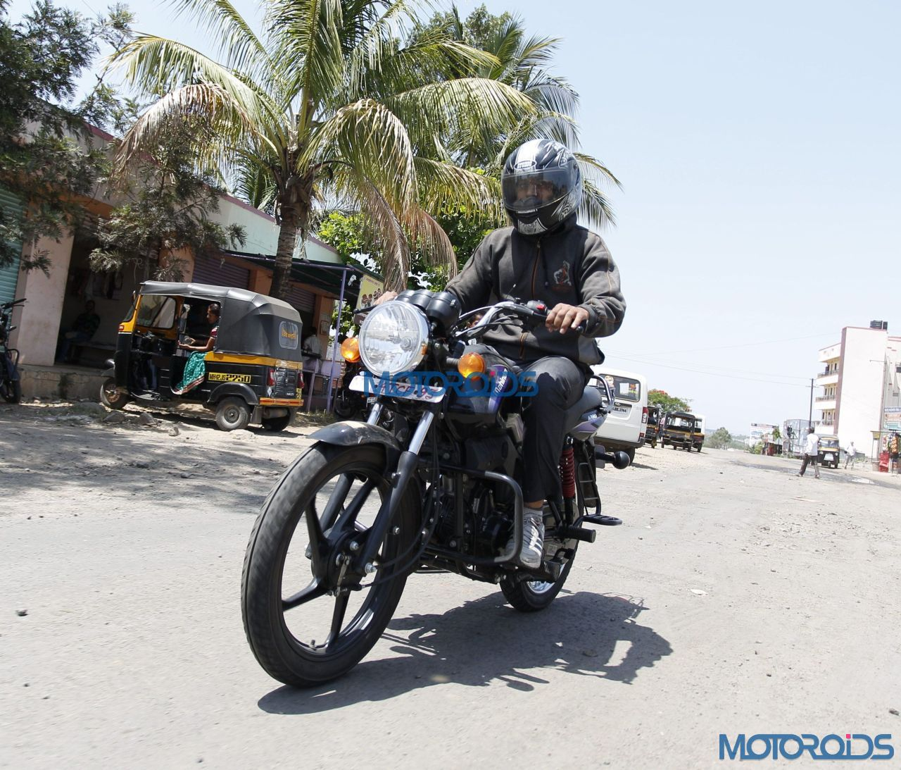 Motoroids Exclusive - Mahindra Arro Images - New (2)