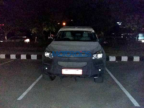 New 2015 chevrolet Trailblazer India front spy image (4)