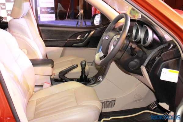 New Age Mahindra XUV500 high (24)