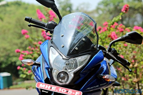 New Bajaj Pulsar AS150-AS200 Review - AS200 - Details - Front (4)