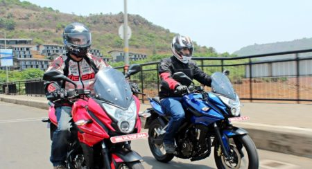 New Bajaj Pulsar AS150-AS200 Review - Action Shots (57)
