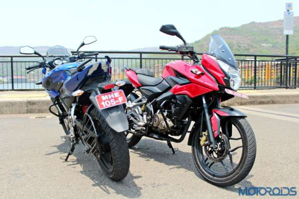 New Bajaj Pulsar AS150-AS200 Review - Static Shots (19)