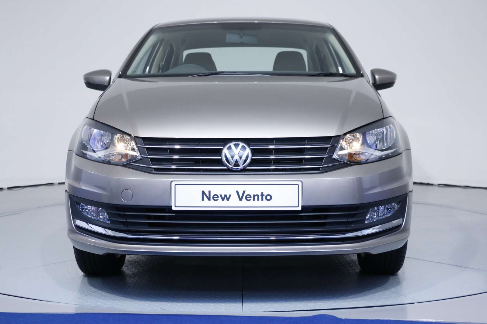 Revealed New 2015 Volkswagen Vento Facelift Is