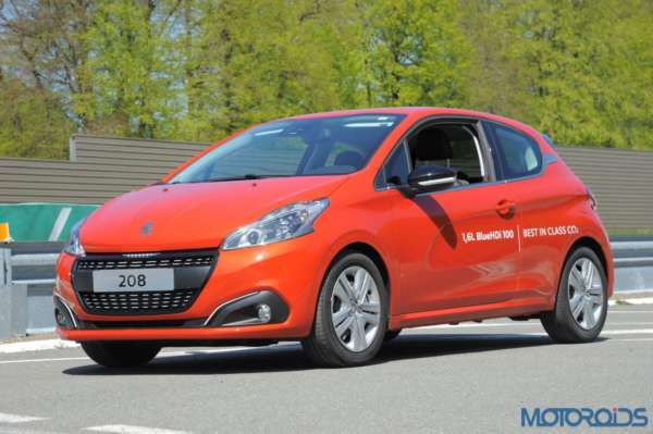 Peugeot 208 with BlueHDi Diesel engine - 1