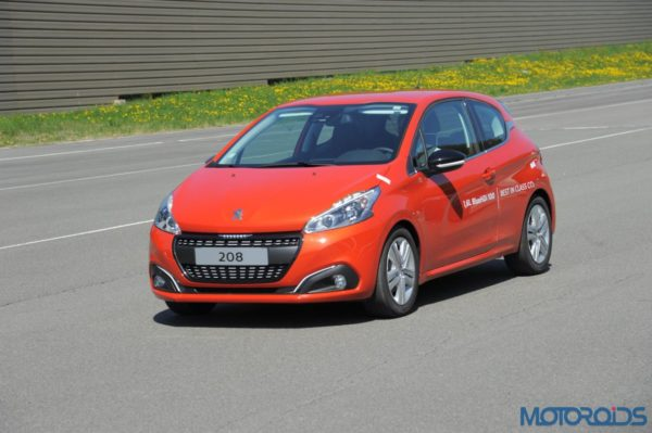 Peugeot 208 with BlueHDi Diesel engine - 2