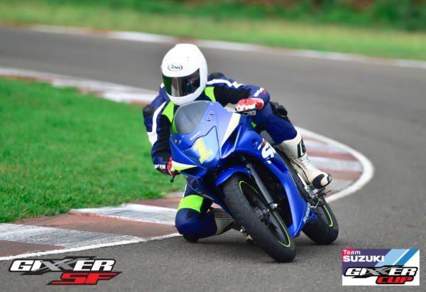 Suzuki - Gixxer Cup Championship (1)