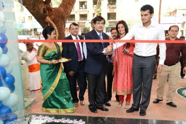 Tata Motors new dealership in Mumbai (2)