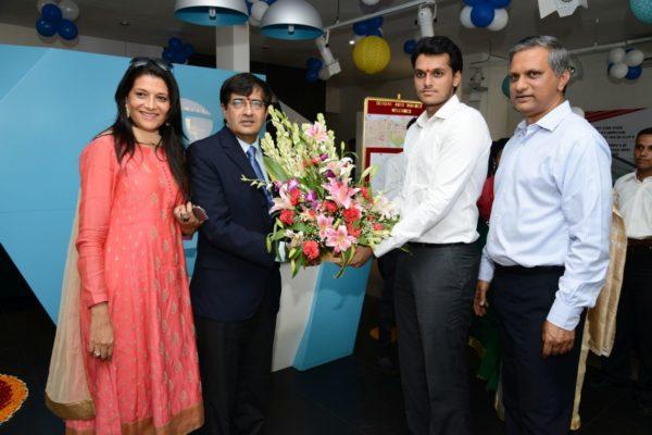 Tata Motors new dealership in Mumbai (3)