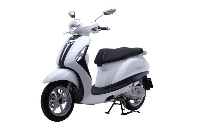 Yamaha-Nozza-Grande-front-quarter
