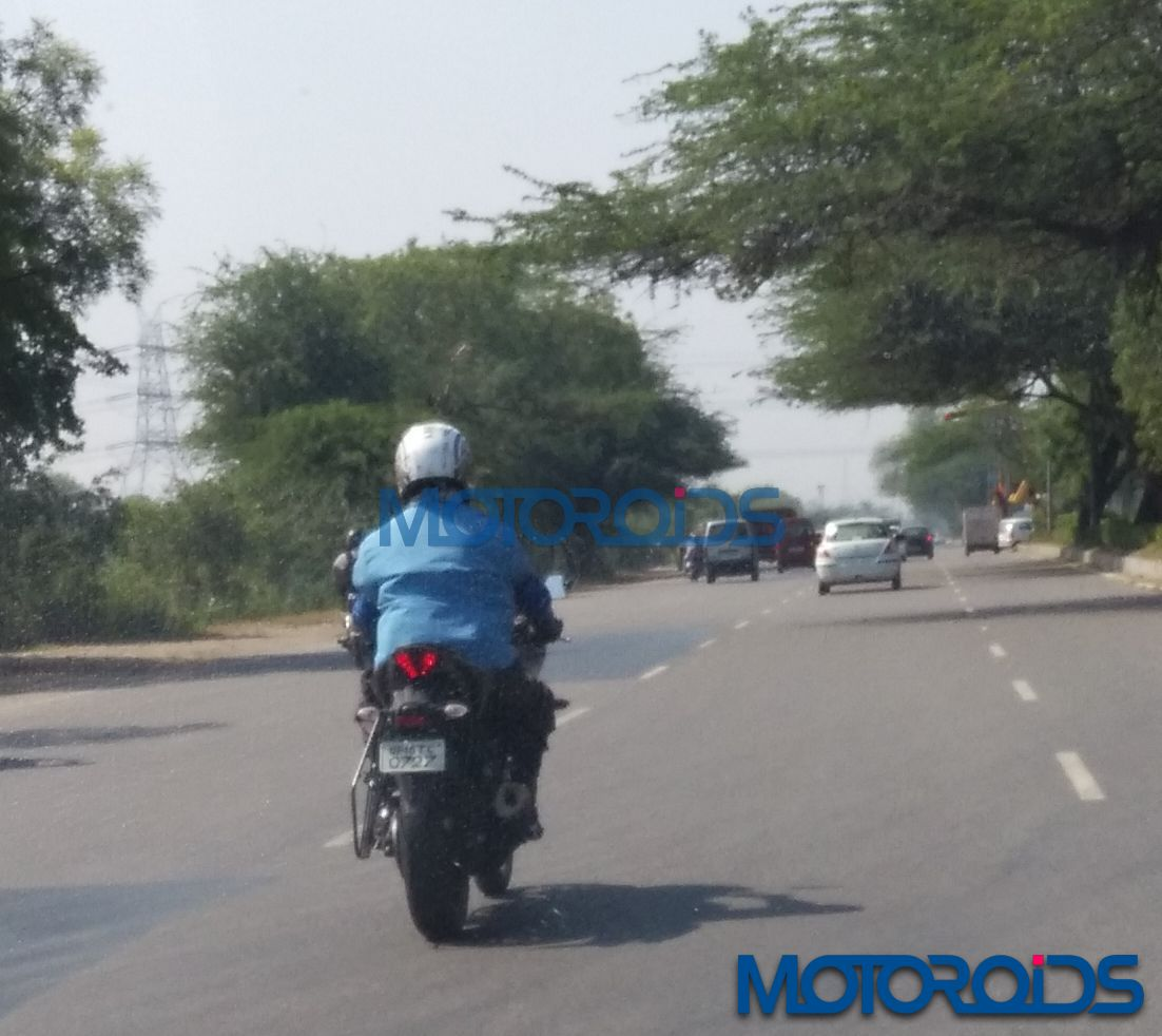 Yamaha YZF-R3-Spied-India (3)