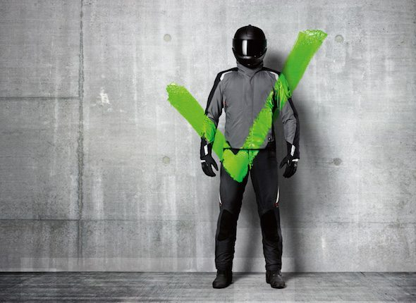 bmw-alpinestars-airbag-suit