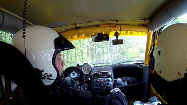 Polish rally driver loses steering wheel