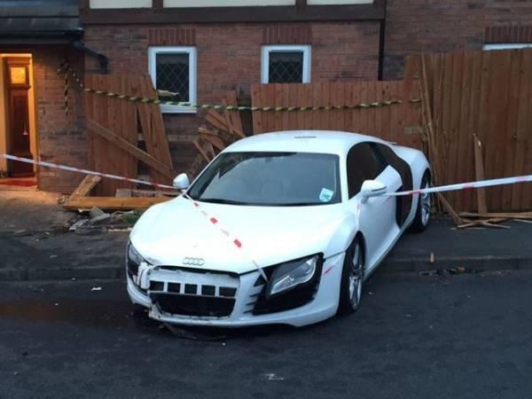 Audi R8 crash (2)