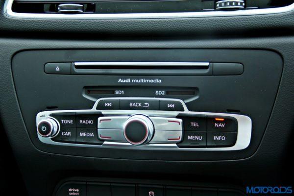 2015 Audi Q3 MMI Controls(68)