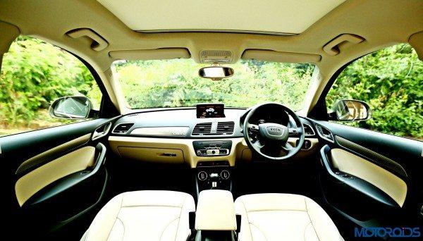 2015 Audi Q3 cabin view(31)