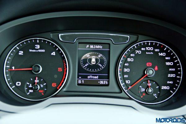 2015 Audi Q3 electronic compass (98)
