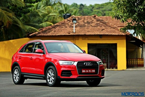 2015 Audi Q3 front right three quarters(16)
