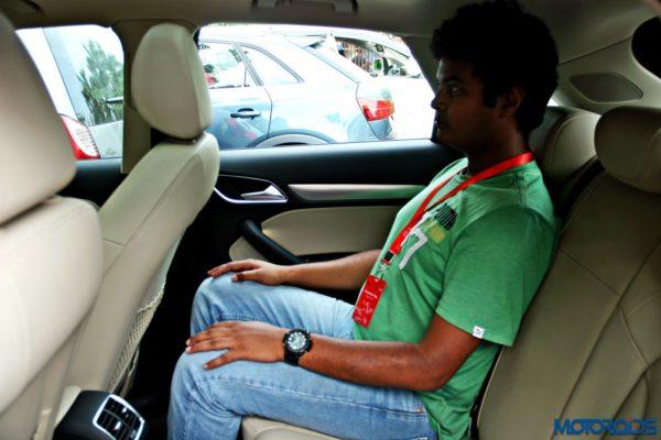 2015 Audi Q3 rear seat space(140)