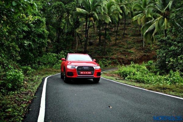 2015 Audi Q3 static images(38)