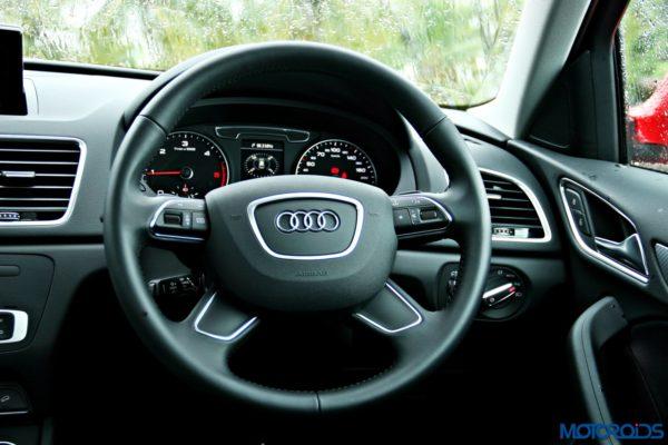 2015 Audi Q3 steering wheel(108)