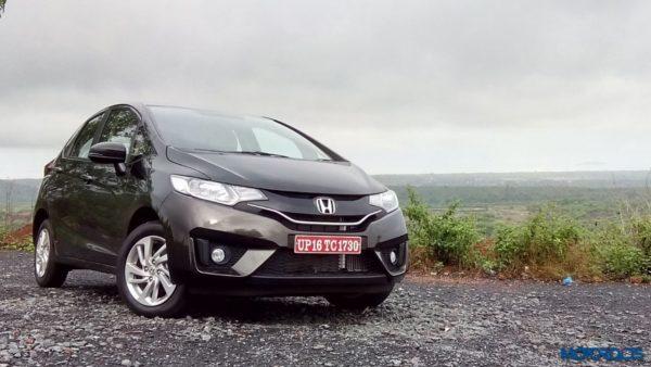 2015 Honda Jazz front (2)