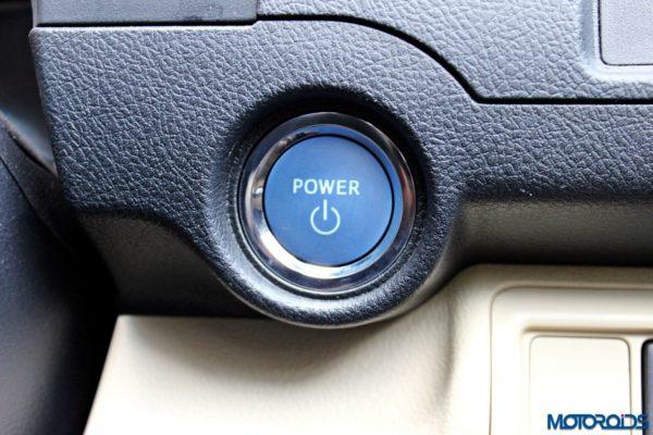 2015 Toyota Camry Hybrid push button